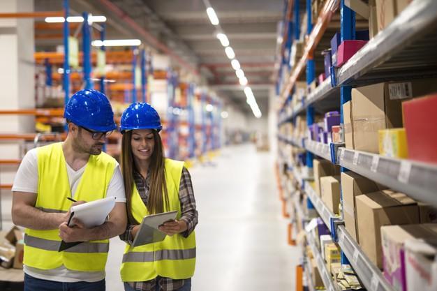 mengelola persediaan dengan sistem manajemen inventory terbaik