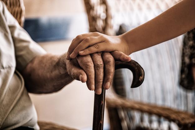 orang tua pasangan anak sulung masih terpengaruh ucapan orang lain