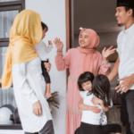etika tinggal di rumah saudara