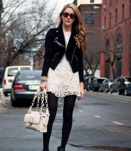 mix and match jaket kulit wanita dan dress berbahan brukat